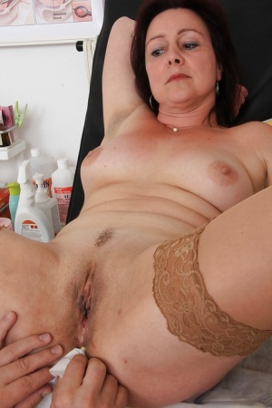 Anal old milf